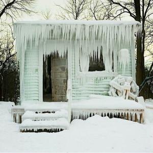 AGW_Frozen_Cabin