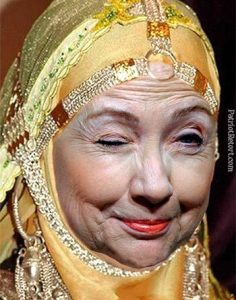 Hillary_Queen_Of_Saudi_Cash