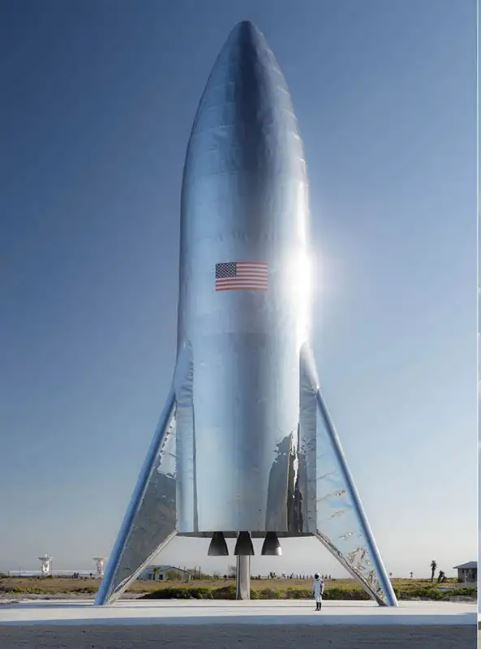 Elon_Musk's_BFR_Big_'Effing_Rocket_Prototype