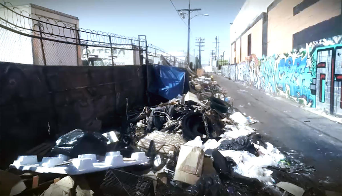 Rotting_Trash_Fuels_Health_Concerns_in_Los_Angeles_02
