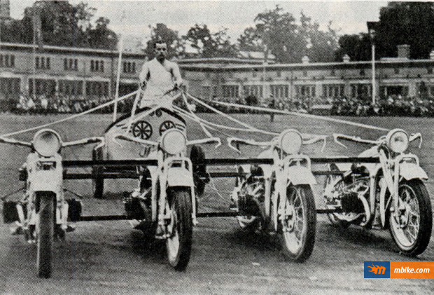 Motorcycle Chariot Racing - Not The Sport For Snowflakes ...