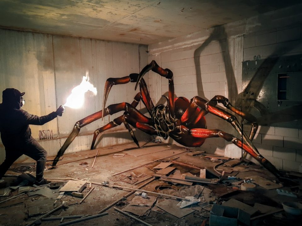 StreetArt_ODEITH_huge-spider-anamorphic