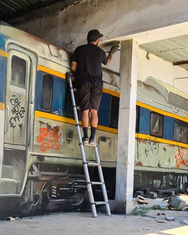 3d-street-art-train-by-odeith-5