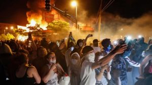 Minneapolis_Riots_05_640