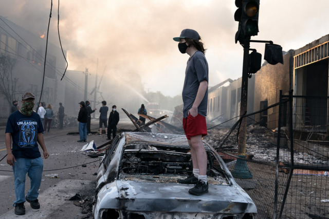 Minneapolis_Riots_06_640